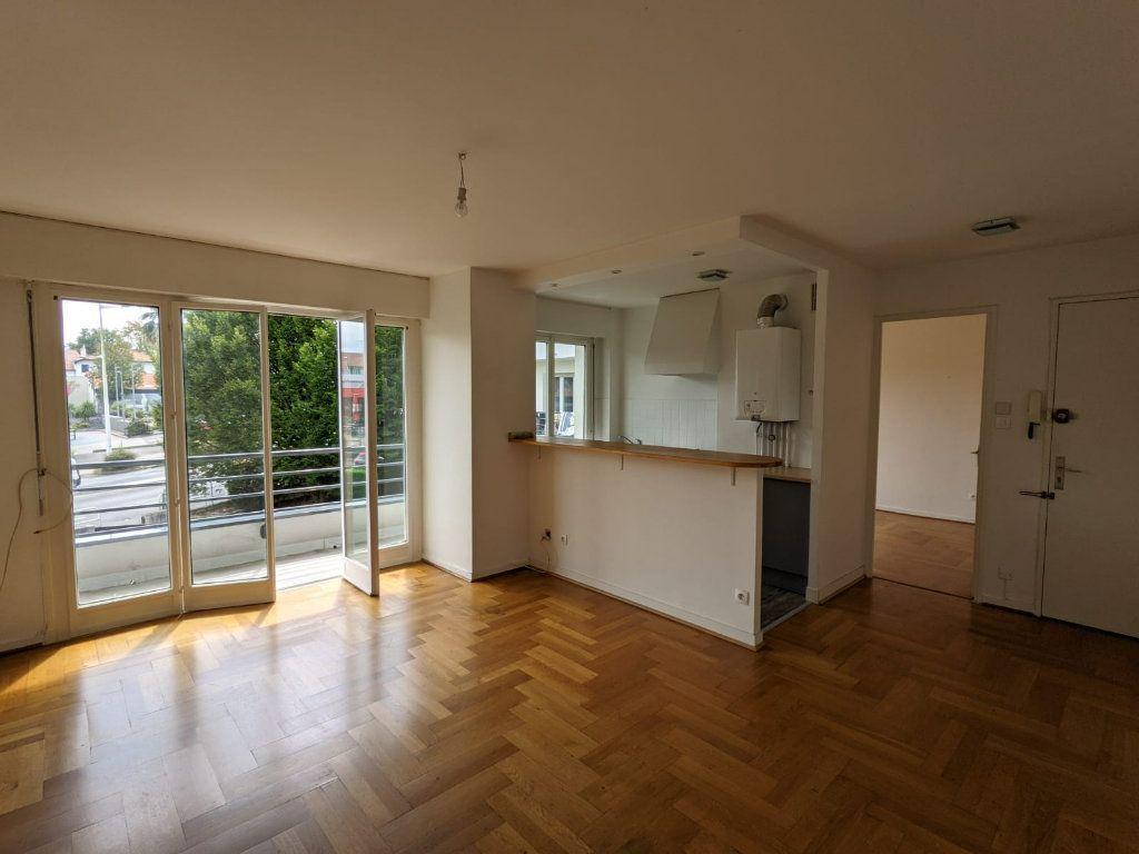 Appartement à louer 3 50.72m2 à Bayonne vignette-1