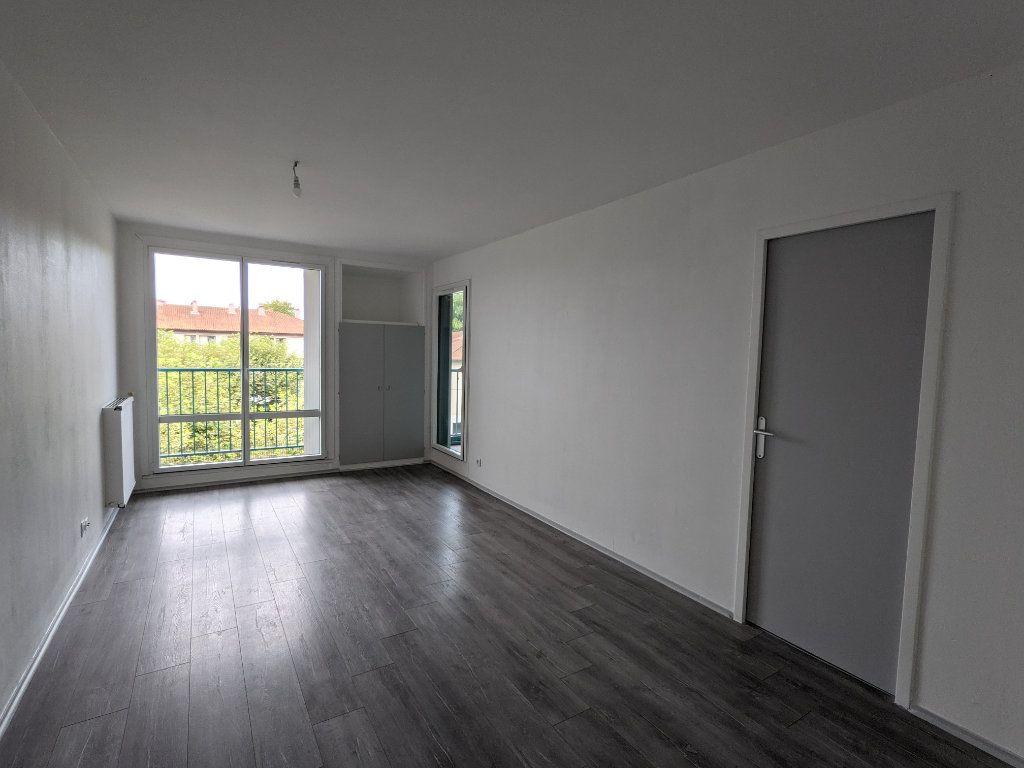 Appartement à louer 4 89.11m2 à Bayonne vignette-2