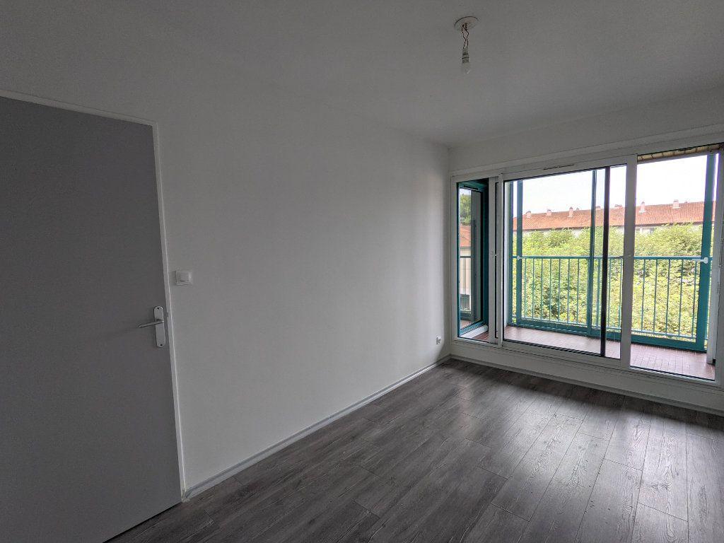 Appartement à louer 4 89.11m2 à Bayonne vignette-3