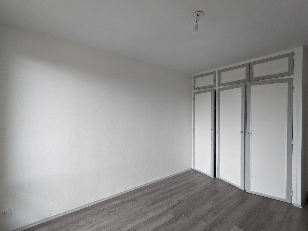 Appartement à louer 4 89.11m2 à Bayonne vignette-10