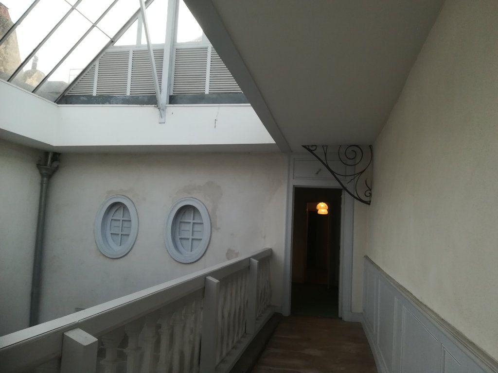 Appartement à louer 4 134m2 à Bayonne vignette-10