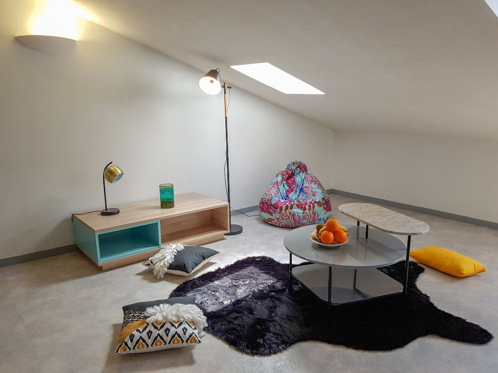 Appartement à louer 1 22m2 à Bayonne vignette-1