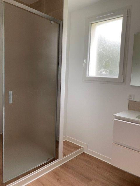 Appartement à louer 4 84.54m2 à Biarritz vignette-10