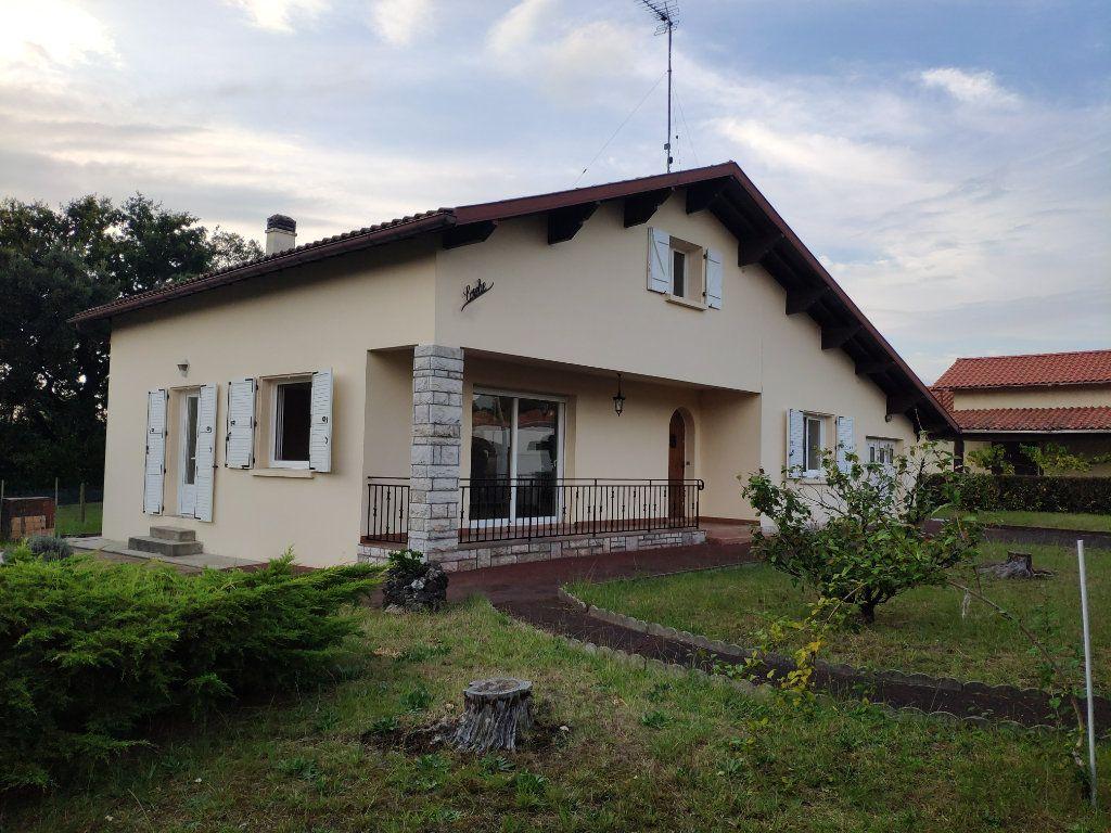 Maison à louer 6 148.88m2 à Tarnos vignette-1
