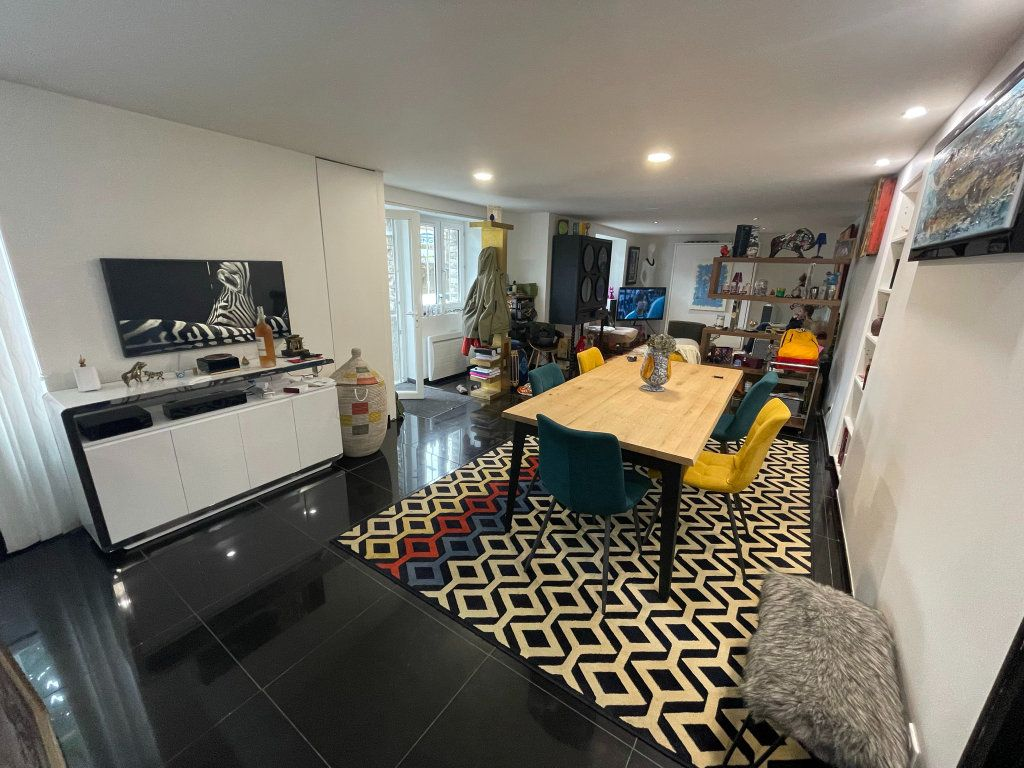 Appartement à vendre 2 75m2 à Biarritz vignette-1