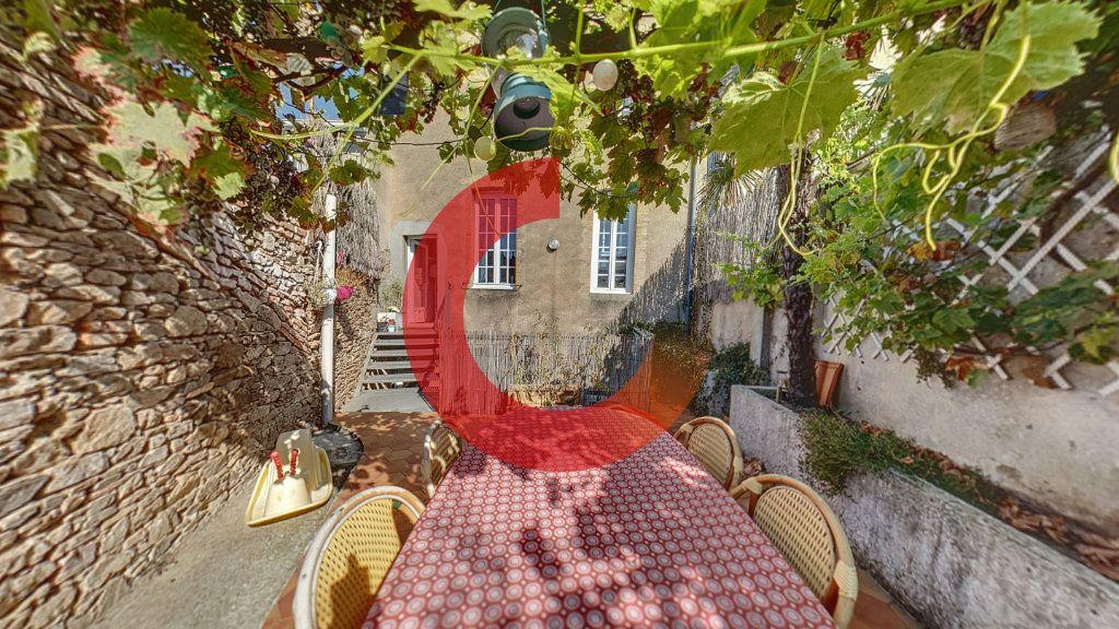 Maison à vendre 5 130m2 à Cholet vignette-1