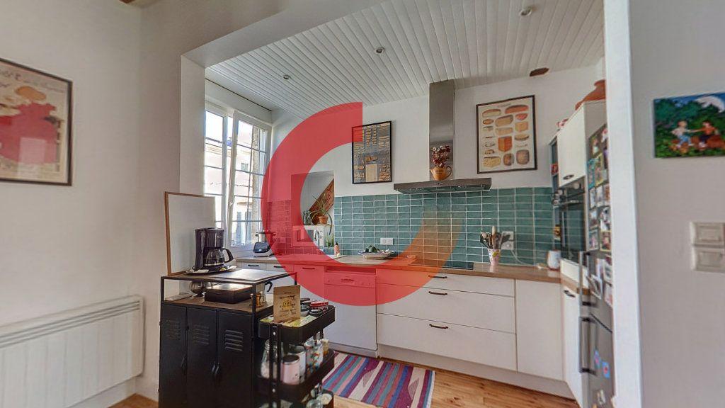 Maison à vendre 5 130m2 à Cholet vignette-2