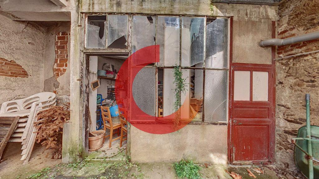 Maison à vendre 5 130m2 à Cholet vignette-8