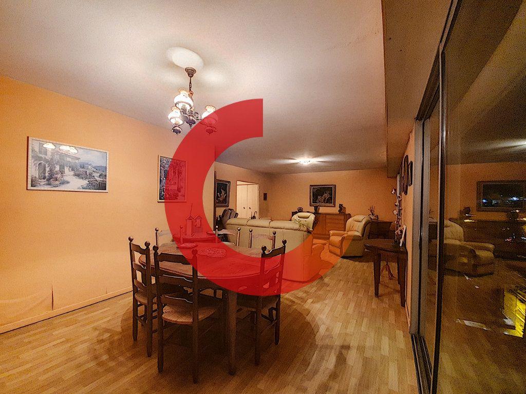 Appartement à vendre 3 80m2 à Cholet vignette-3