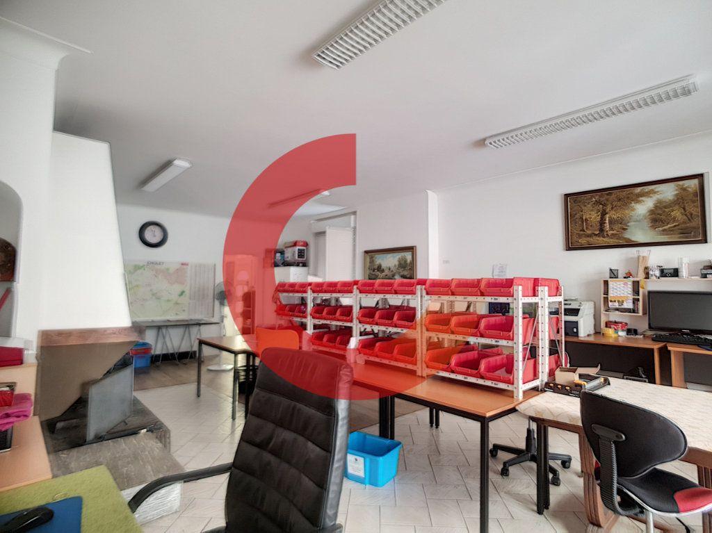 Maison à vendre 5 114m2 à Cholet vignette-2