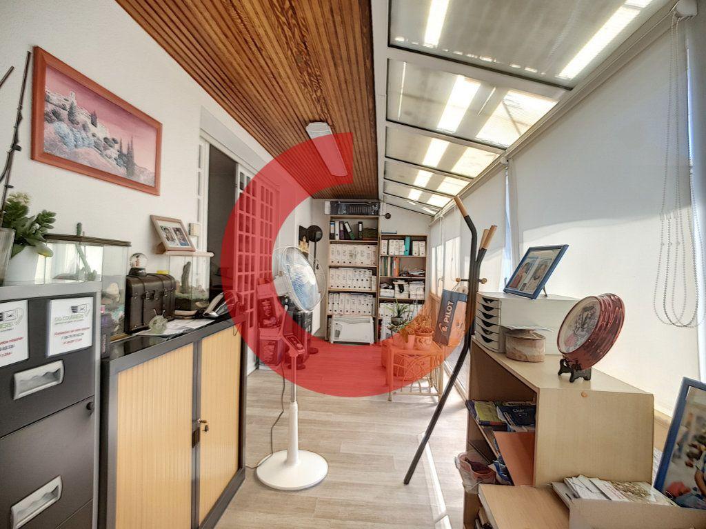 Maison à vendre 5 114m2 à Cholet vignette-4