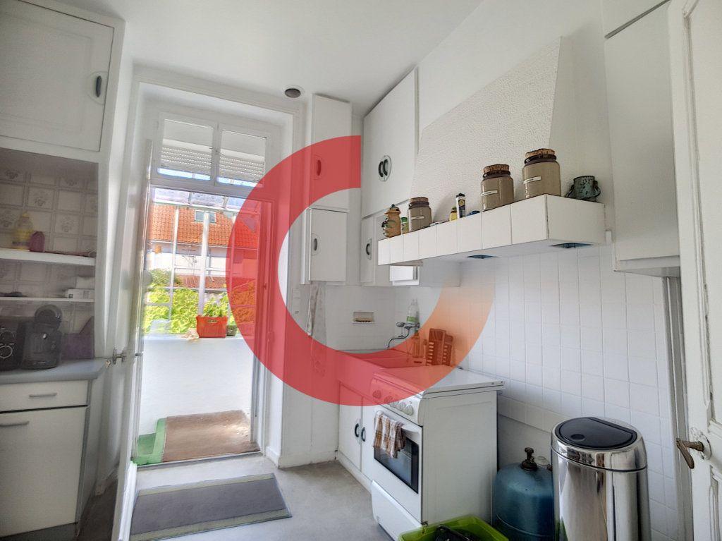 Maison à vendre 5 114m2 à Cholet vignette-7