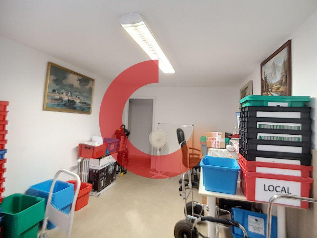 Maison à vendre 5 114m2 à Cholet vignette-9