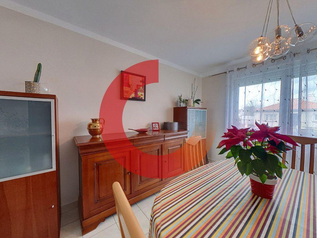 Maison à vendre 6 133m2 à Cholet vignette-5