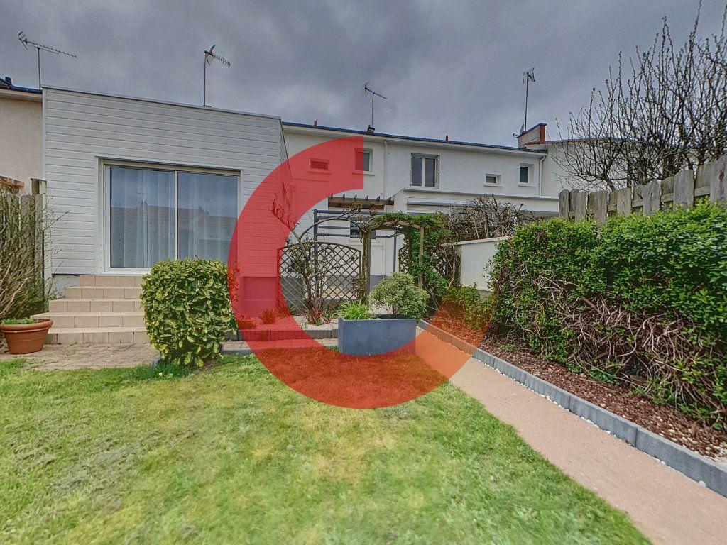 Maison à vendre 6 133m2 à Cholet vignette-7