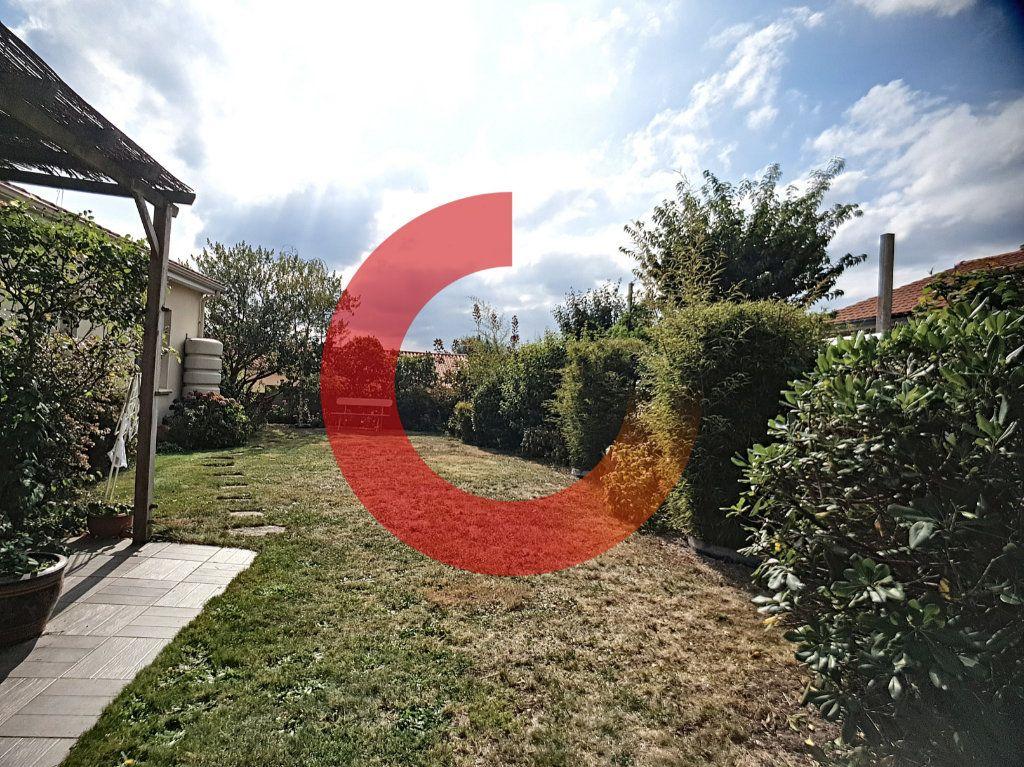 Maison à vendre 5 107m2 à Cholet vignette-7