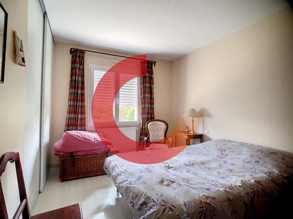 Maison à vendre 5 107m2 à Cholet vignette-10