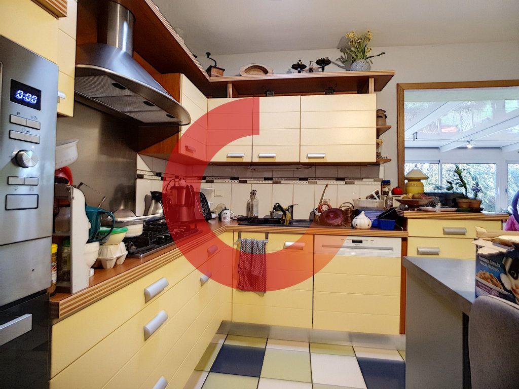 Maison à vendre 5 150m2 à Cholet vignette-2