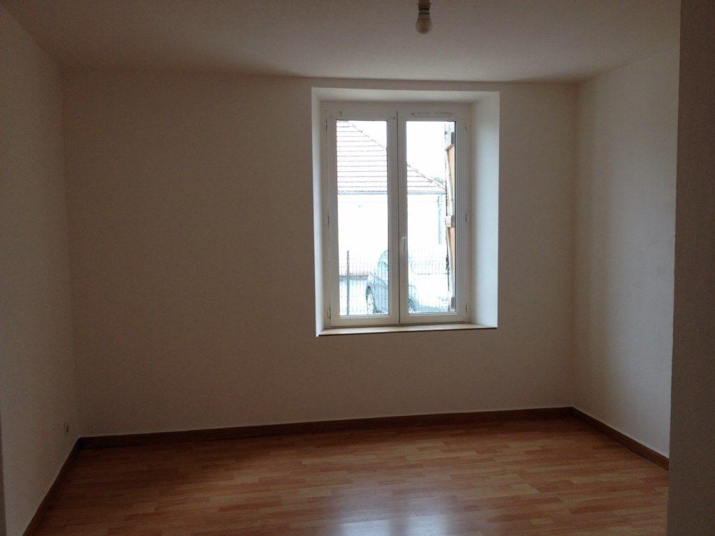 Appartement à louer 2 40.69m2 à Meaux vignette-1