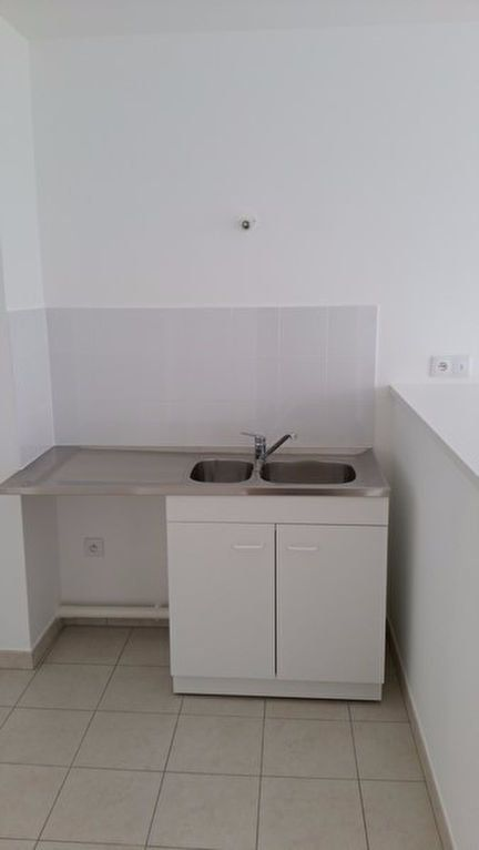 Appartement à louer 2 33.58m2 à Meaux vignette-3