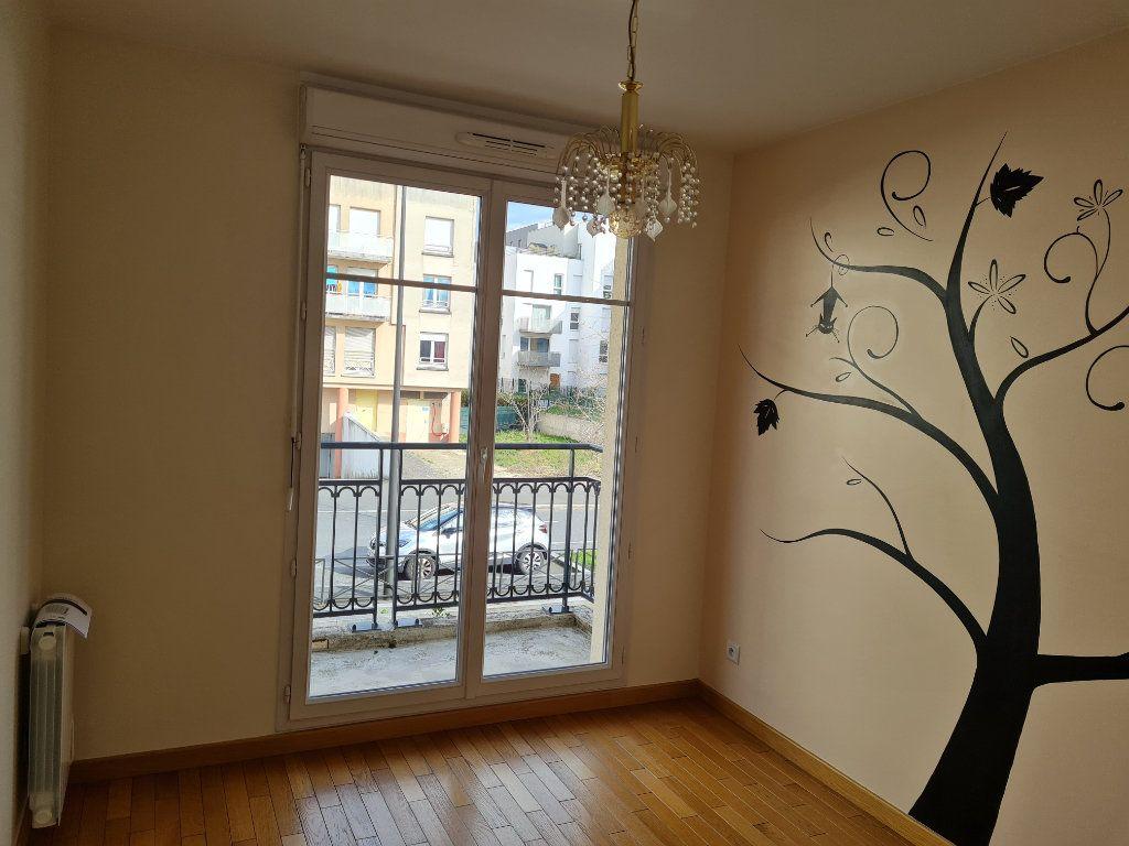 Appartement à louer 3 59.2m2 à Meaux vignette-4