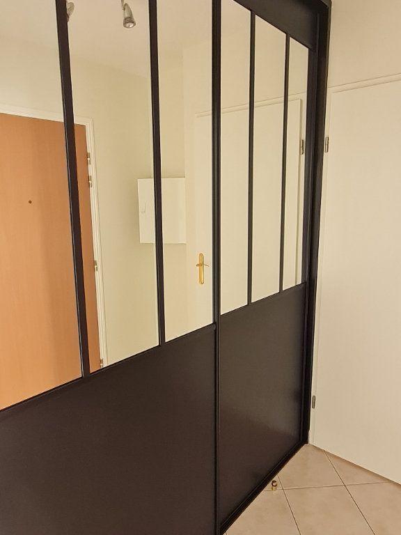 Appartement à louer 3 59.2m2 à Meaux vignette-5