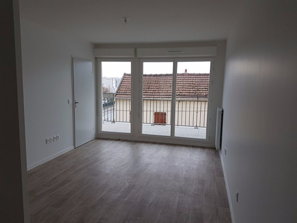 Appartement à louer 2 39.57m2 à Meaux vignette-1