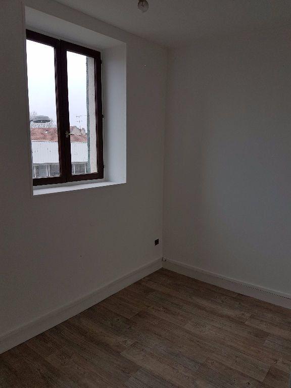 Appartement à louer 1 24.36m2 à Meaux vignette-3