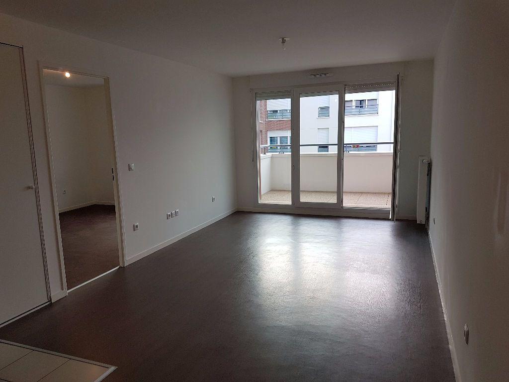 Appartement à louer 2 43.3m2 à Meaux vignette-1