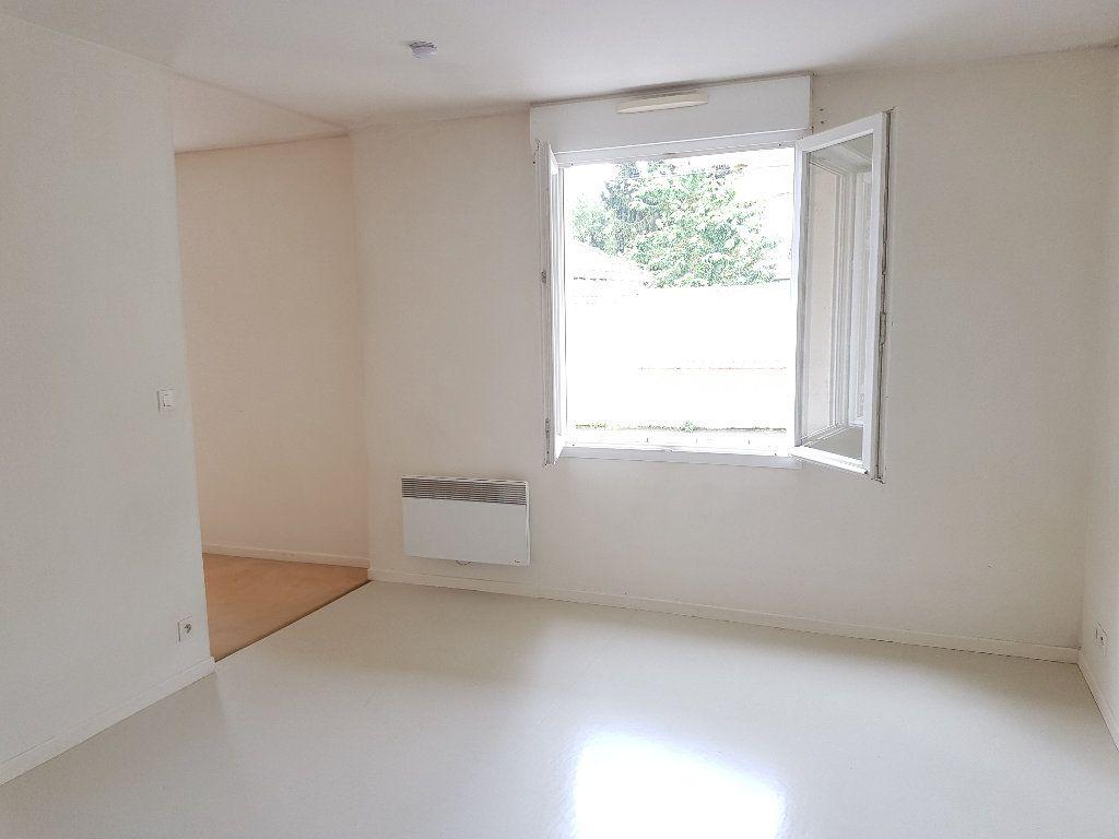 Appartement à vendre 2 35.06m2 à La Ferté-sous-Jouarre vignette-4