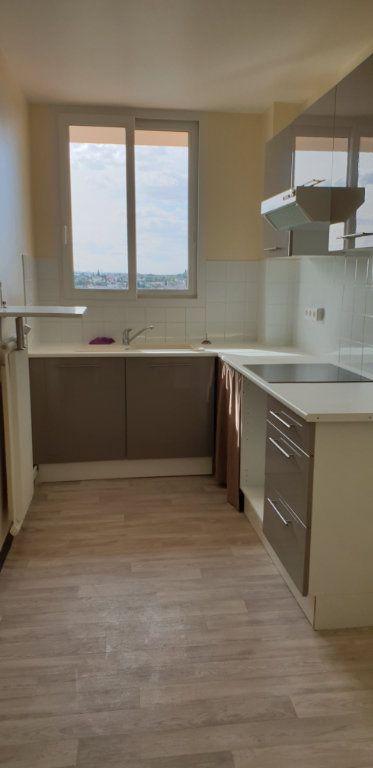 Appartement à louer 3 60.71m2 à Meaux vignette-2