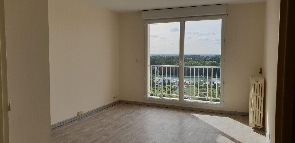 Appartement à louer 3 60.71m2 à Meaux vignette-3