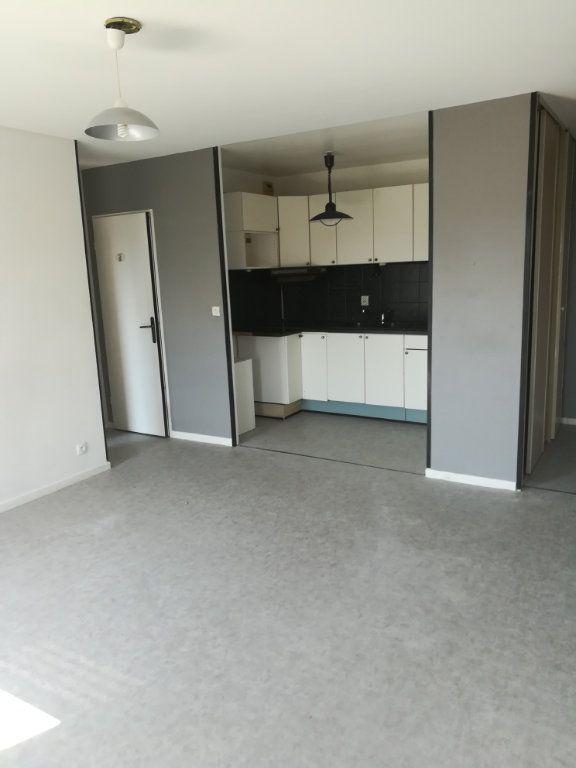 Appartement à louer 2 40.25m2 à Villenoy vignette-2