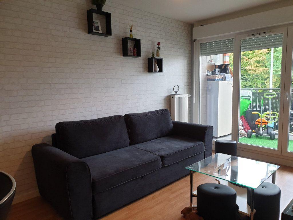 Appartement à louer 2 41m2 à Meaux vignette-2
