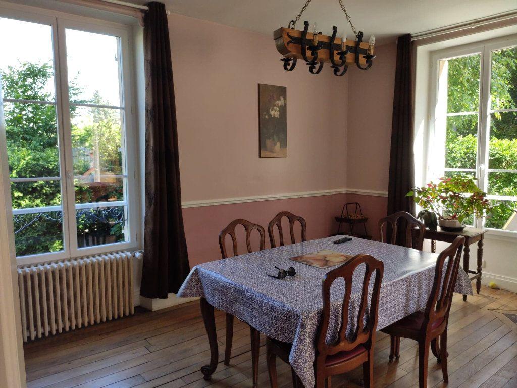 Maison à vendre 8 220m2 à Saint-Cyr-sur-Morin vignette-10