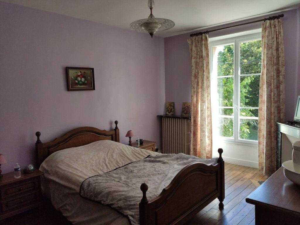 Maison à vendre 8 220m2 à Saint-Cyr-sur-Morin vignette-11