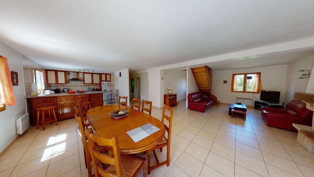 Maison à vendre 6 195m2 à Bellot vignette-5