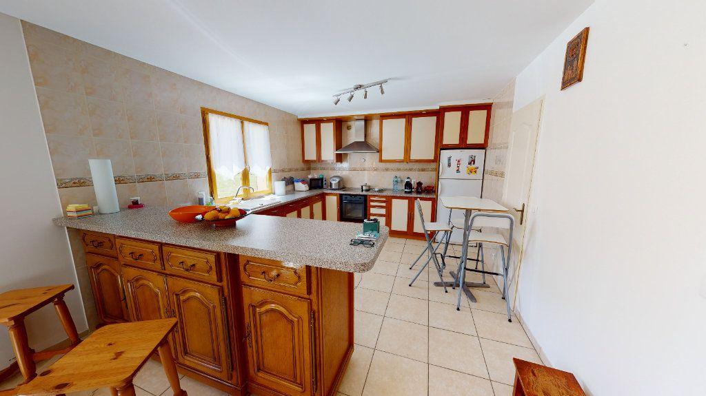 Maison à vendre 6 195m2 à Bellot vignette-6