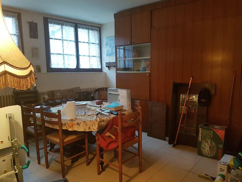 Maison à vendre 3 70m2 à La Ferté-sous-Jouarre vignette-4