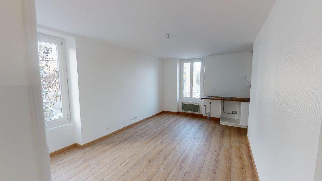 Appartement à louer 2 31.46m2 à La Ferté-sous-Jouarre vignette-1