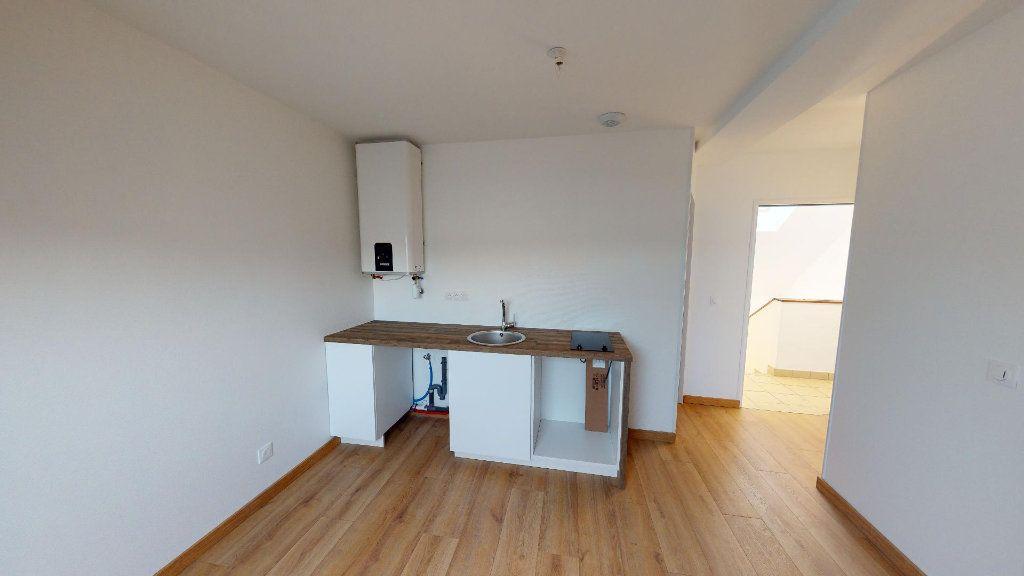 Appartement à louer 2 24.36m2 à La Ferté-sous-Jouarre vignette-1