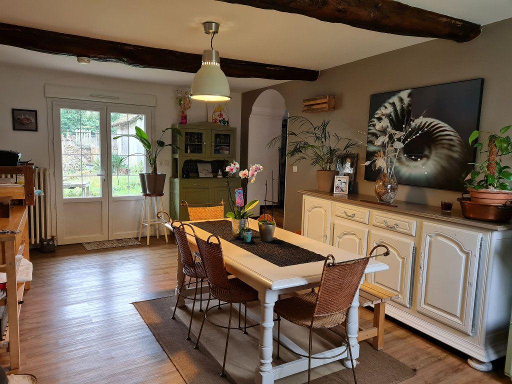 Maison à vendre 5 176m2 à Montreuil-aux-Lions vignette-2