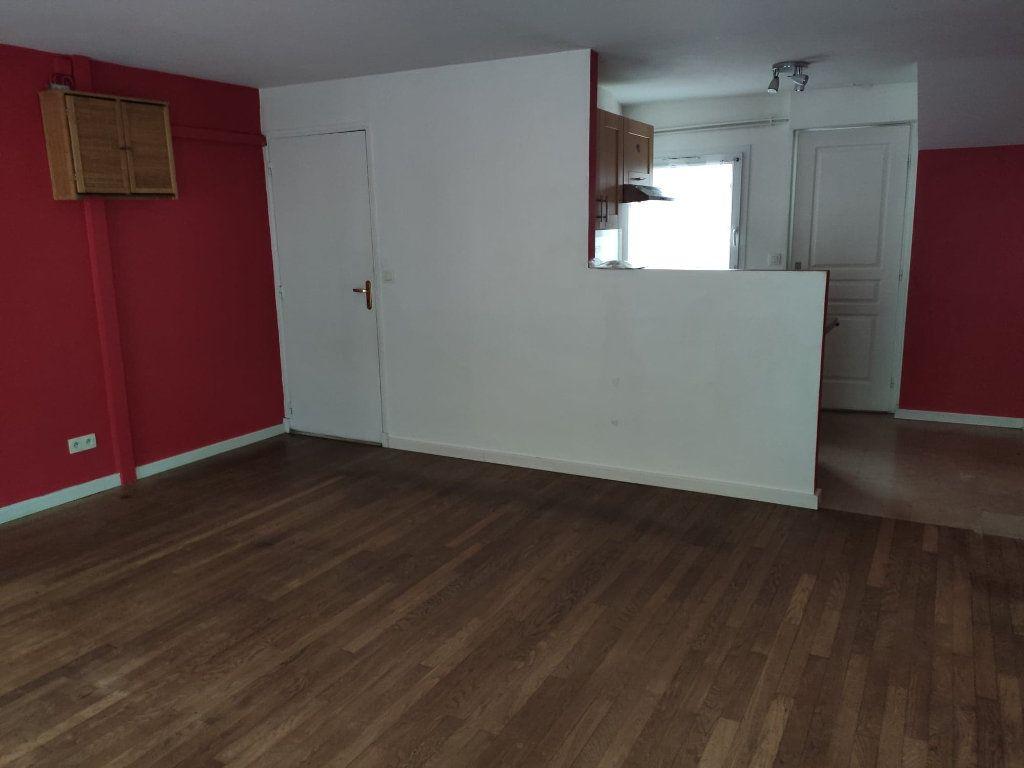 Appartement à vendre 4 69.9m2 à La Ferté-sous-Jouarre vignette-4