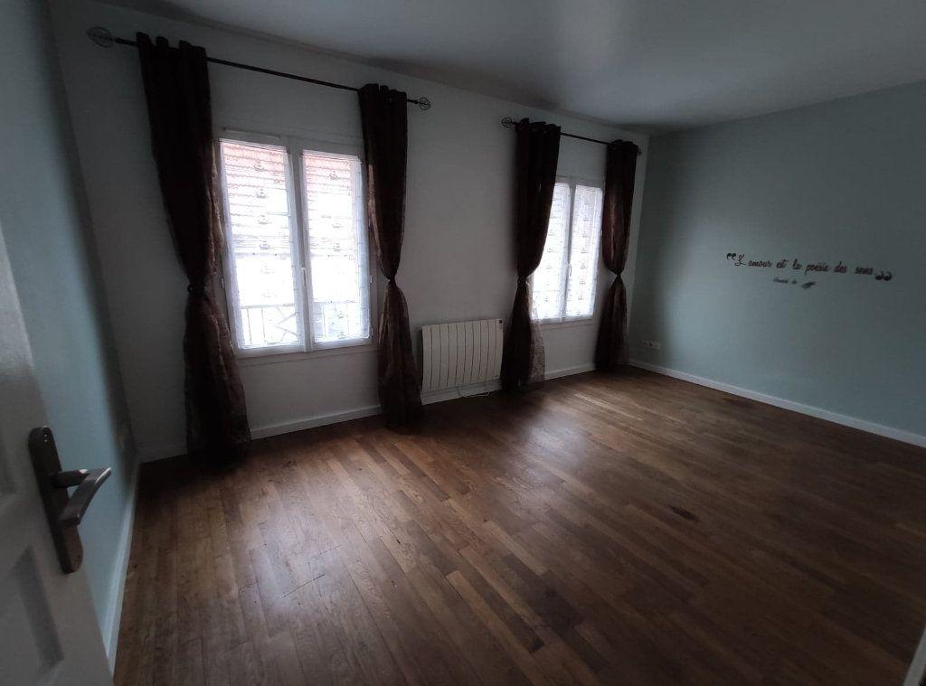 Appartement à vendre 4 69.9m2 à La Ferté-sous-Jouarre vignette-5