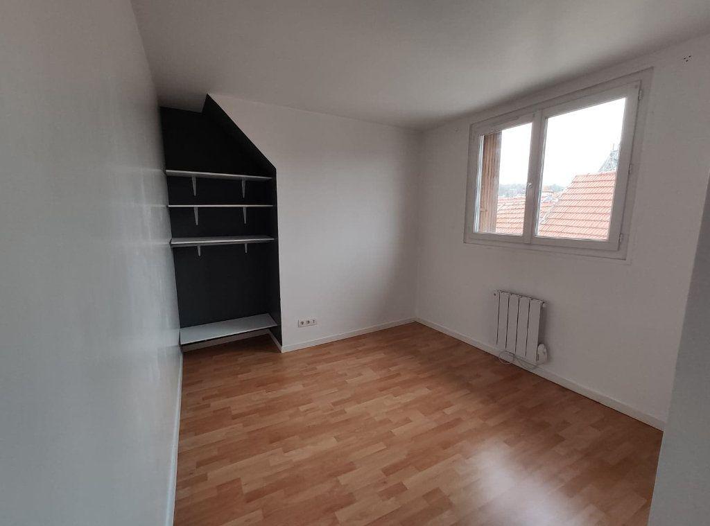 Appartement à vendre 4 69.9m2 à La Ferté-sous-Jouarre vignette-6