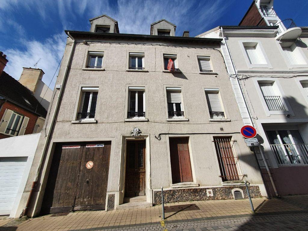 Appartement à vendre 2 40m2 à La Ferté-sous-Jouarre vignette-1