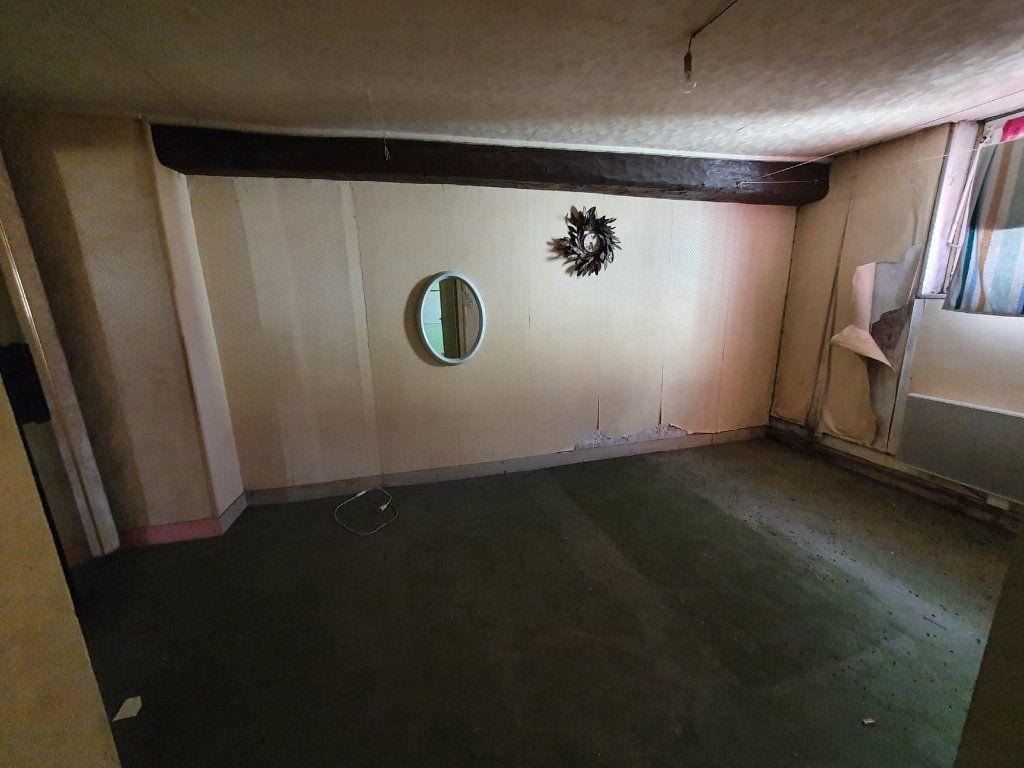 Appartement à vendre 2 40m2 à La Ferté-sous-Jouarre vignette-2