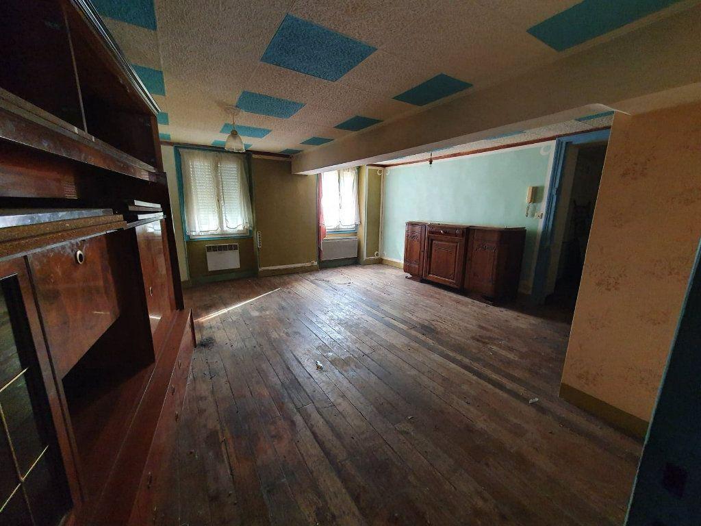 Appartement à vendre 2 40m2 à La Ferté-sous-Jouarre vignette-4