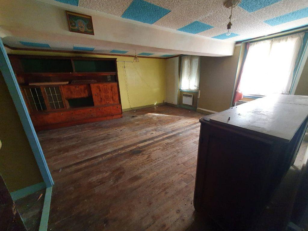 Appartement à vendre 2 40m2 à La Ferté-sous-Jouarre vignette-5