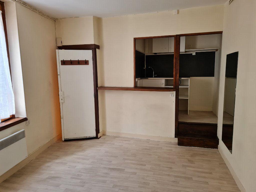Appartement à louer 2 29.05m2 à Meaux vignette-1